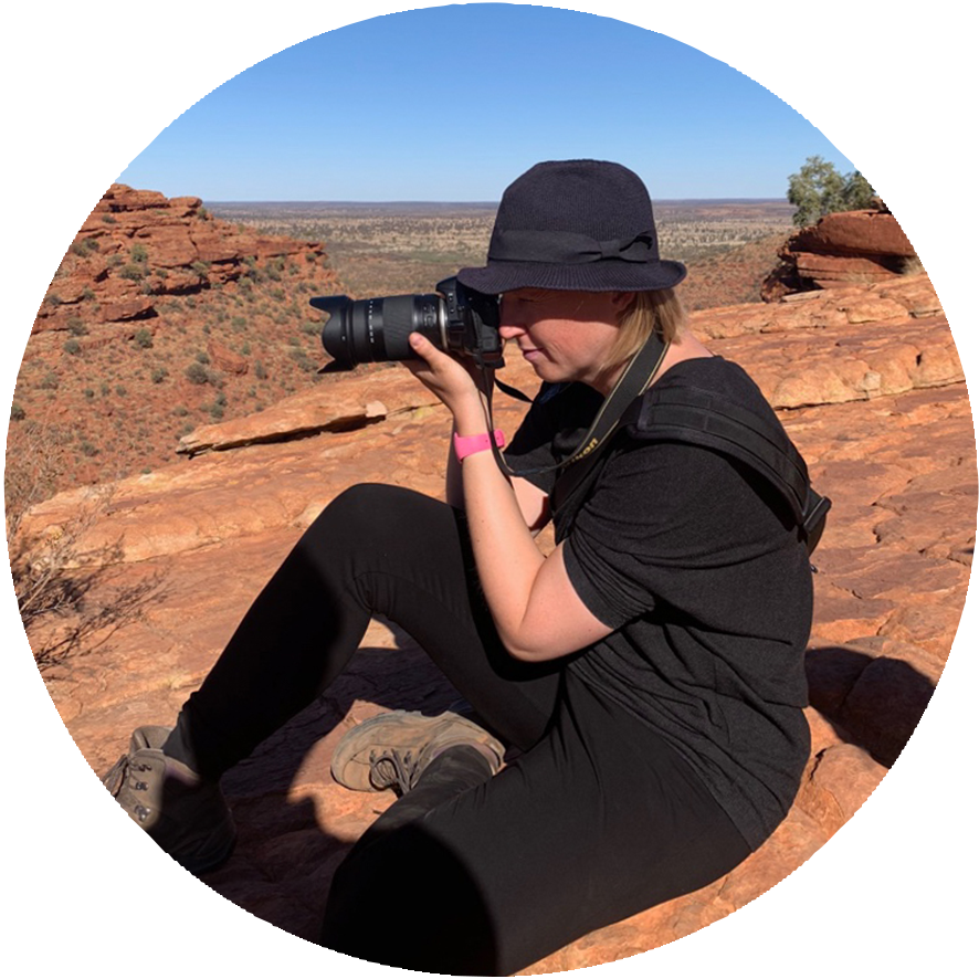 Antropomo about Monique photographer and camera