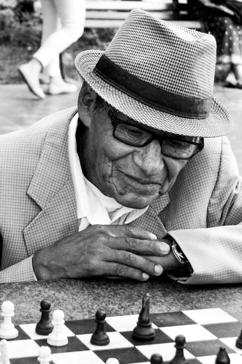 Bolivia - BW Old chessplayer-- 1200px