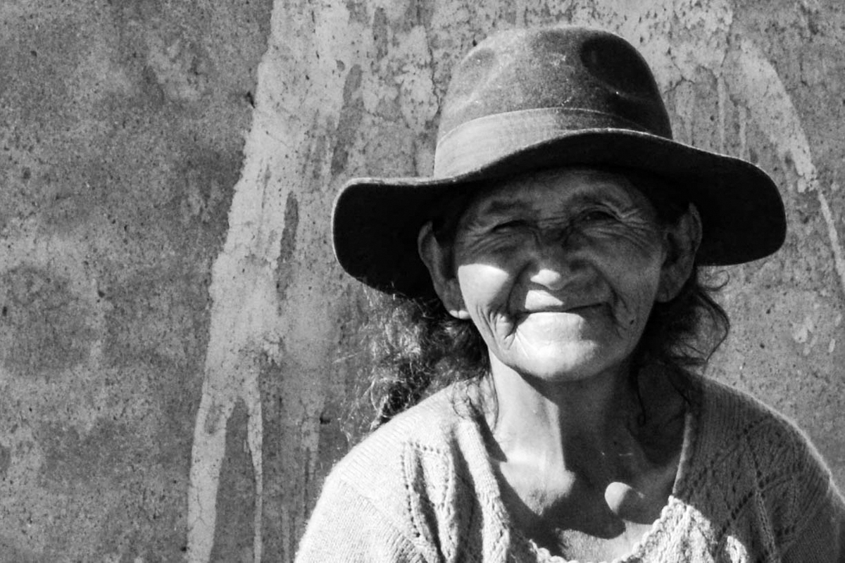 Bolivia - BW old lady-- 1200px