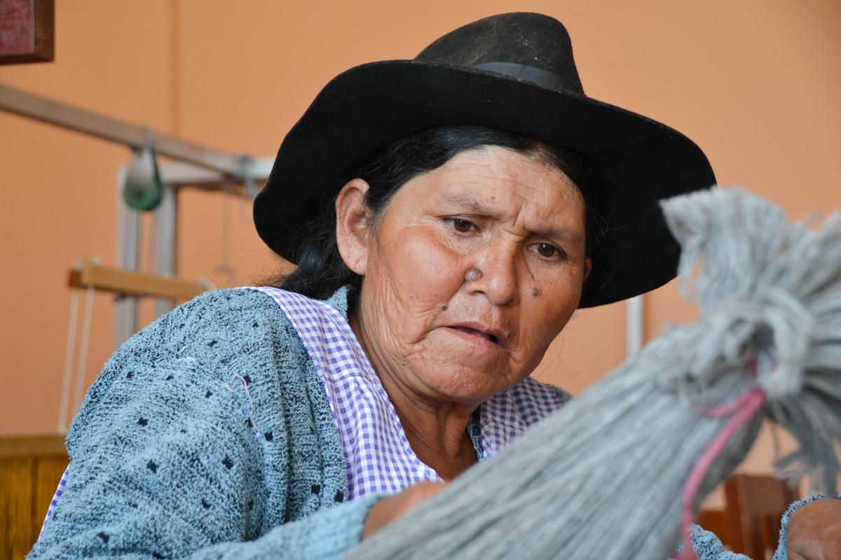 Bolivia - Seemstress-- 1200px