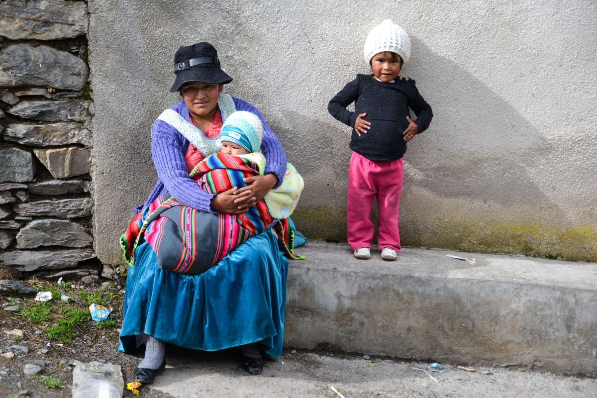 Bolivia - Woman with baby and girl-- 1200px