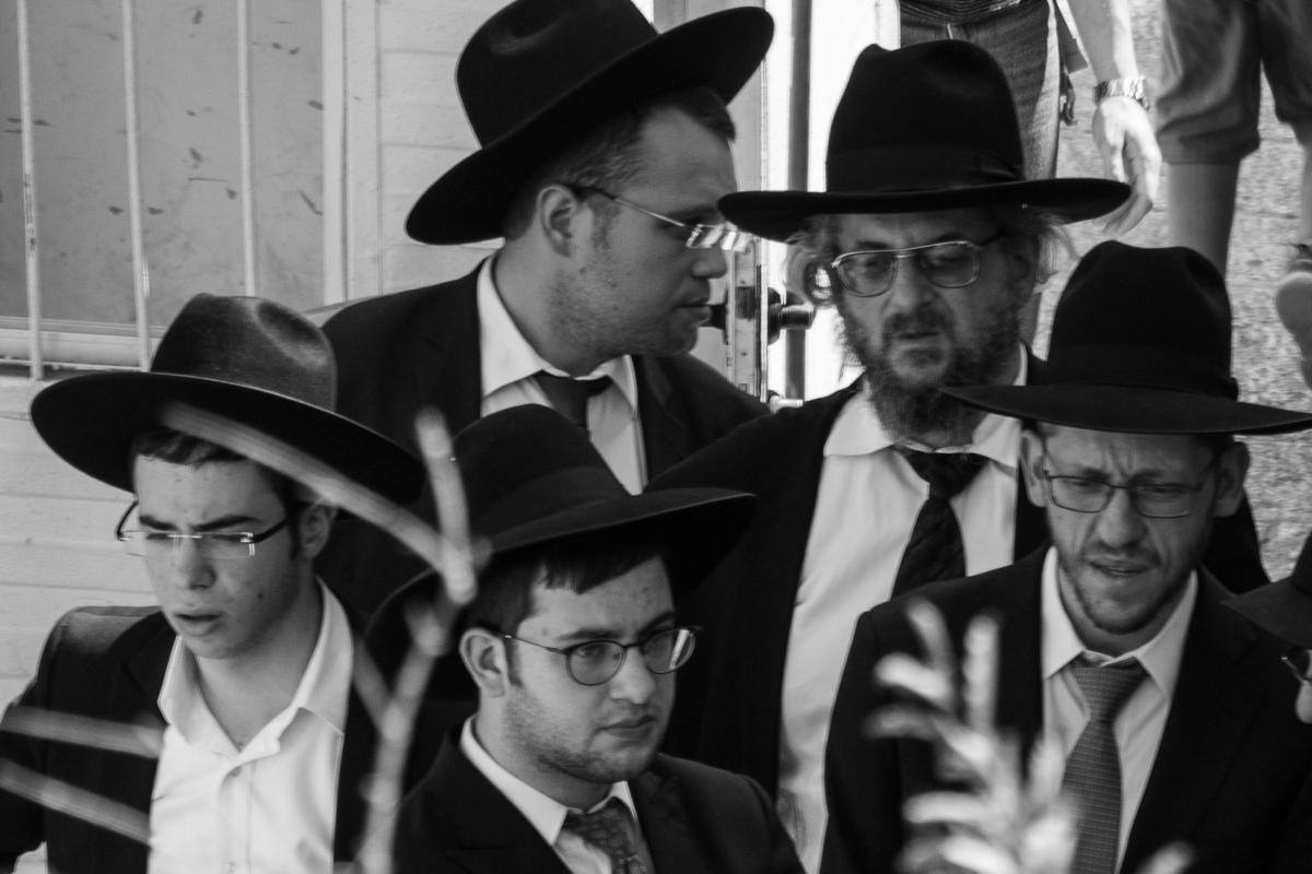 Israel - BW Jewish men- 1200px