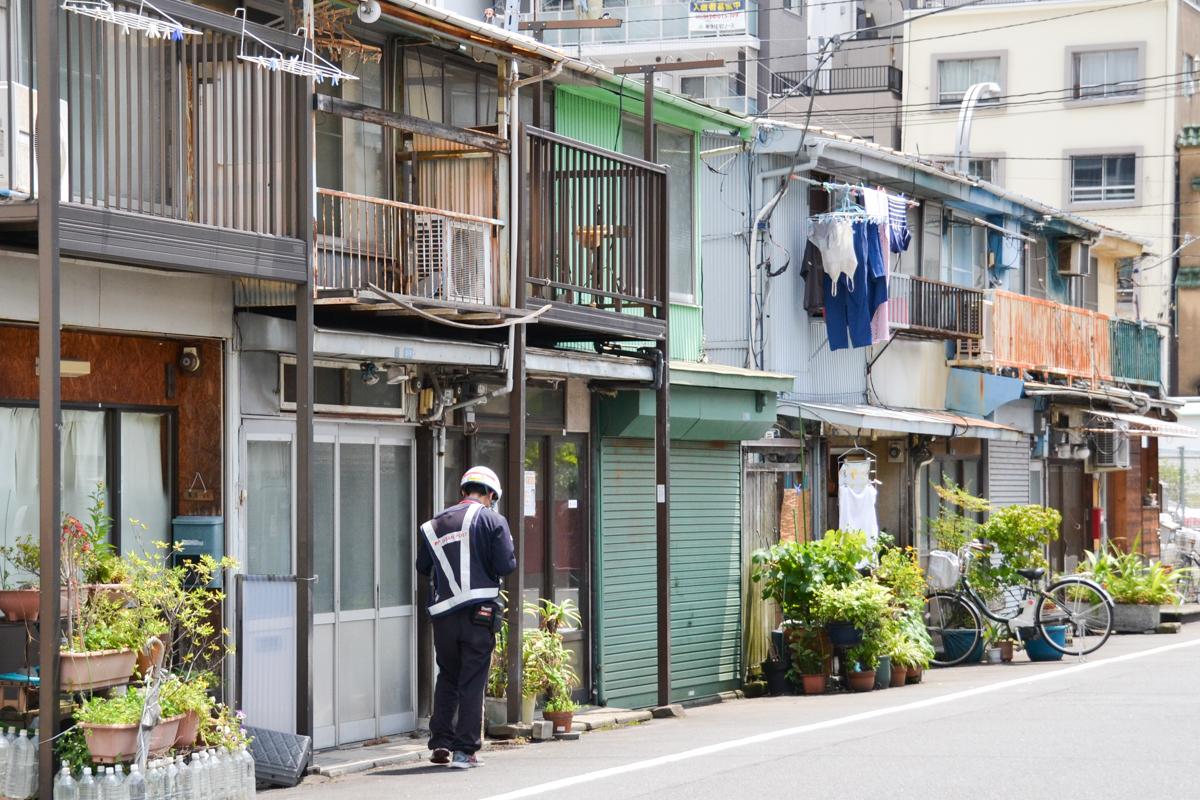 Japan - Houses in ordinary street