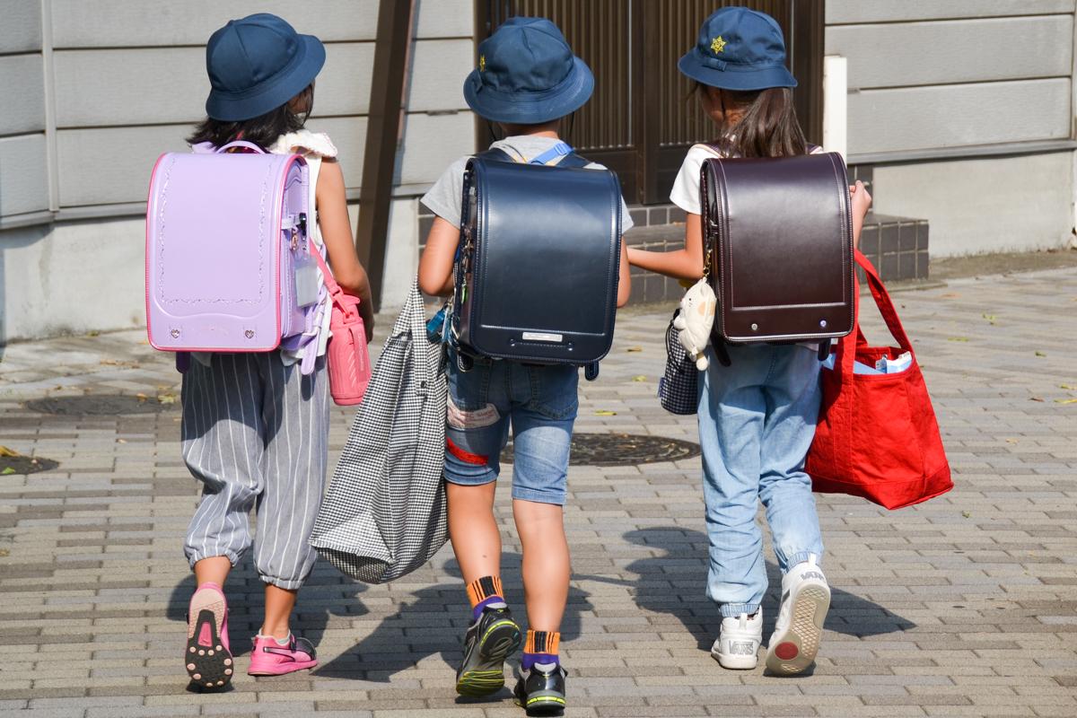 Japan children as inspiration for books schoolchildren- 1200px